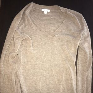 New York and company brown v Neck Sweater